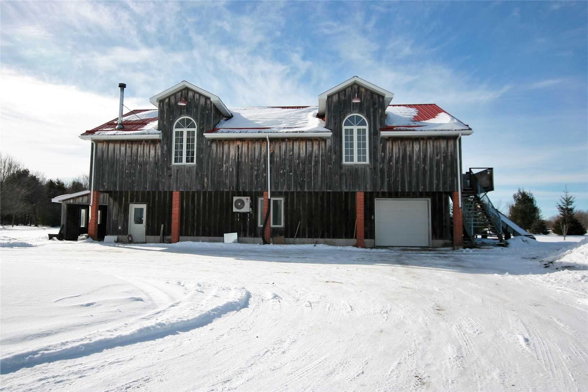 Main Photo: 428 W Main Street: Shelburne House (Loft) for lease : MLS®# X5102157