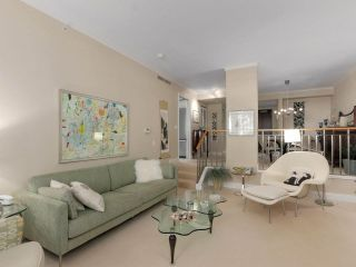 """Photo 4: 203 618 W 45TH Avenue in Vancouver: Oakridge VW Townhouse for sale in """"THE CONSERVATORY"""" (Vancouver West)  : MLS®# R2537685"""