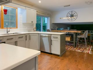 Photo 10: 137 Olympiad Avenue in Bridgewater: 405-Lunenburg County Residential for sale (South Shore)  : MLS®# 202122353