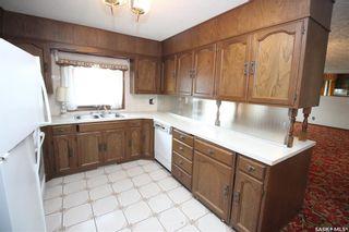 Photo 4: 2324 20th Street West in Saskatoon: Meadowgreen Residential for sale : MLS®# SK870226