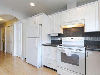 Photo 6: 2 10121 Fifth St in : Si Sidney North-East Row/Townhouse for sale (Sidney)  : MLS®# 873973
