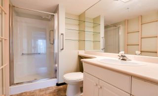 """Photo 21: 307 32075 GEORGE FERGUSON Way in Abbotsford: Central Abbotsford Condo for sale in """"ARBOUR COURT"""" : MLS®# R2564038"""