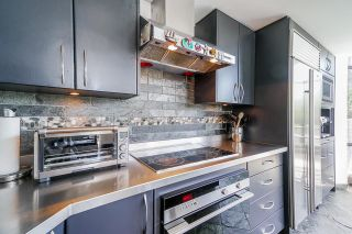 """Photo 9: TH112 1288 MARINASIDE Crescent in Vancouver: Yaletown Townhouse for sale in """"Crestmark 1"""" (Vancouver West)  : MLS®# R2587064"""