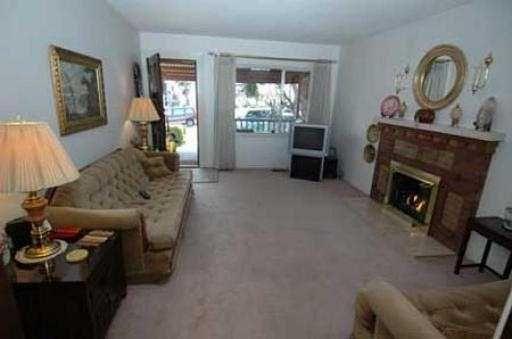 Photo 2: Photos: 935 E 13TH AV in : Mount Pleasant VE House for sale : MLS®# V525794