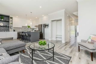 """Photo 5: 12 31548 UPPER MACLURE Road in Abbotsford: Abbotsford West Townhouse for sale in """"Maclure Point"""" : MLS®# R2525533"""