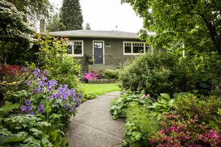 Photo 2: 3498 NORWOOD Ave in North Vancouver: Upper Lonsdale Home for sale ()  : MLS®# V1067777