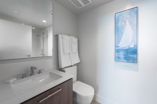 """Photo 14: 2305 680 SEYLYNN Crescent in North Vancouver: Lynnmour Condo for sale in """"Compass"""" : MLS®# R2409180"""
