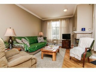Photo 4: 111 5677 208 Street in Ivy Lea: Home for sale : MLS®# F1406424
