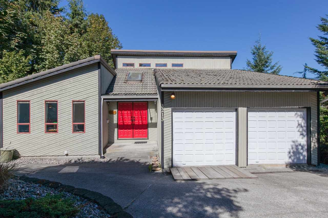 Main Photo: 3213 SAIL Place in Coquitlam: Ranch Park House for sale : MLS®# R2000366