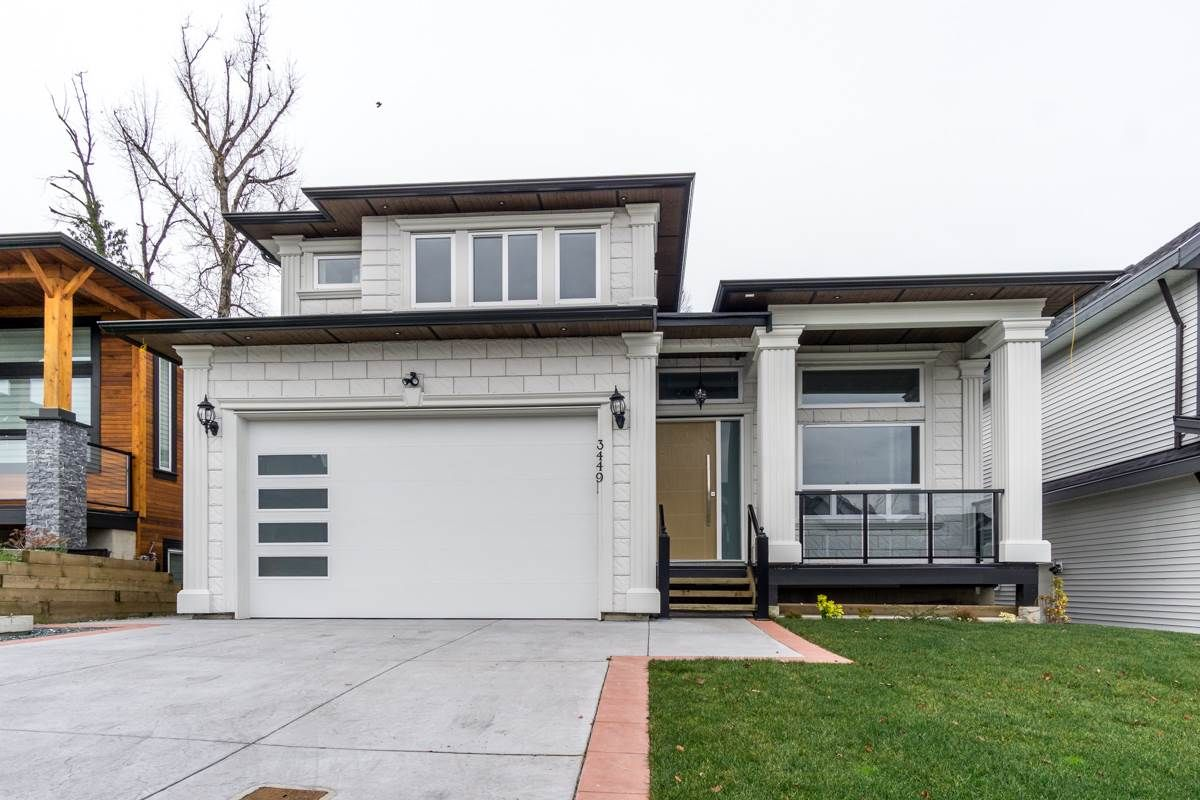 Main Photo: 3449 HILL PARK Place in Abbotsford: Abbotsford West House for sale : MLS®# R2439241