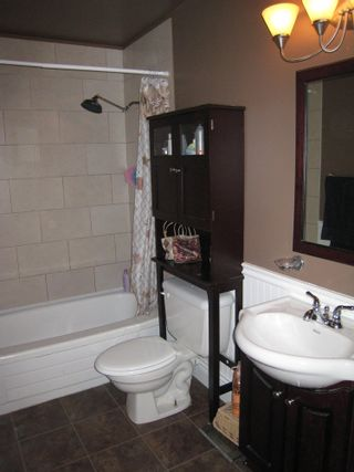 Photo 6:  in Greenside Estates: Home for sale