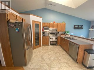 Photo 11: 42 Wellwood Drive in Whitecourt: House for sale : MLS®# A1105985