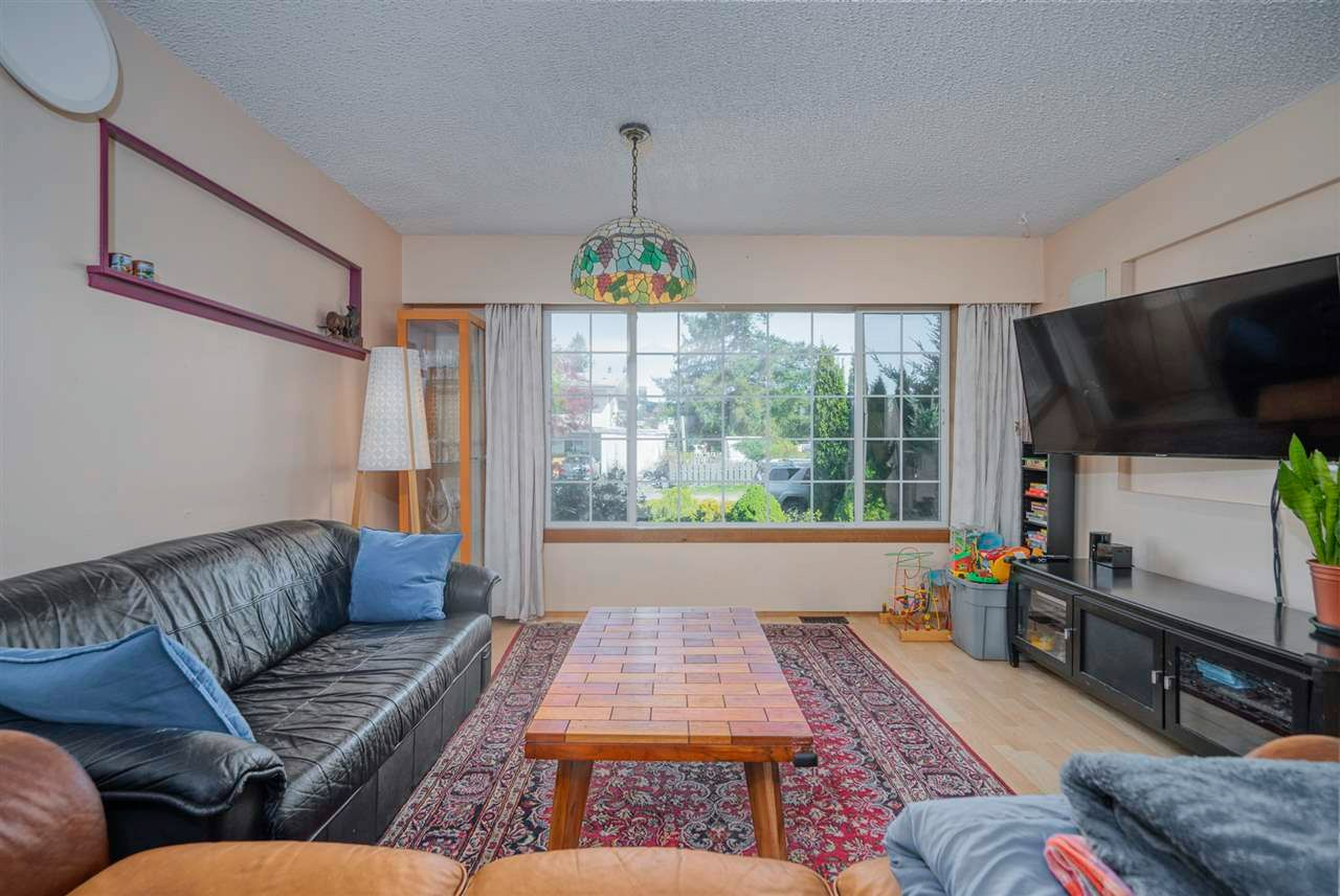 Photo 10: Photos: 32036 WESTVIEW Avenue in Mission: Mission BC House for sale : MLS®# R2568098