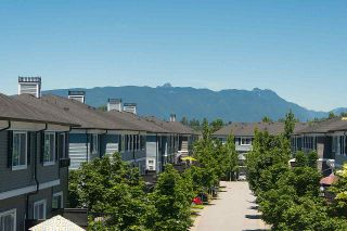 """Photo 10: 16 19538 BISHOPS REACH in Pitt Meadows: South Meadows Townhouse for sale in """"TURNSTONE"""" : MLS®# R2077560"""