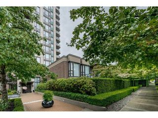 """Photo 4: 155 W 2ND Street in North Vancouver: Lower Lonsdale Townhouse for sale in """"SKY"""" : MLS®# R2537740"""