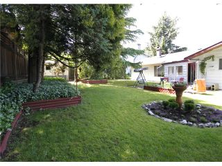 Photo 3: 11710 195B Street in Pitt Meadows: South Meadows House for sale : MLS®# V968896