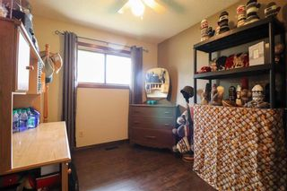 Photo 18: 567 Addis Avenue: West St Paul Residential for sale (R15)  : MLS®# 202119383