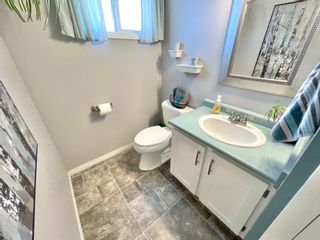 Photo 13: 211 Doverglen Crescent SE in Calgary: Dover Detached for sale : MLS®# A1060305