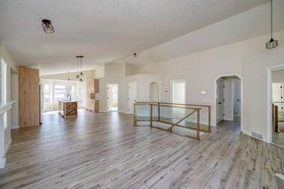 Photo 6: 3597 Douglas Woods Heights SE in Calgary: Douglasdale/Glen Detached for sale : MLS®# A1089528