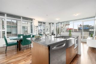 """Photo 10: PH5 250 E 6TH Avenue in Vancouver: Mount Pleasant VE Condo for sale in """"DISTRICT"""" (Vancouver East)  : MLS®# R2564875"""
