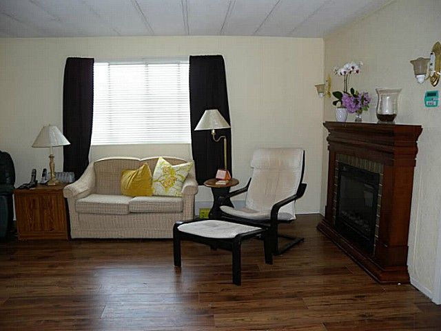 """Photo 5: Photos: 97 9950 WILSON Street in Mission: Stave Falls Manufactured Home for sale in """"RUSKIN PLACE"""" : MLS®# F1415221"""