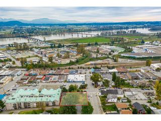 "Photo 2: 7368 JAMES Street in Mission: Mission BC Land for sale in ""DOWNTOWN MISSION"" : MLS®# R2509685"