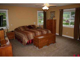 "Photo 8: 9986 JADE Place in Chilliwack: Rosedale Popkum House for sale in ""EMERALD GLEN"" (Rosedale)  : MLS®# H1004880"
