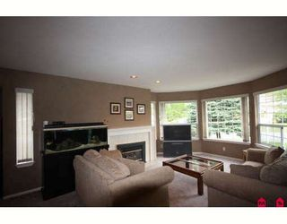 "Photo 4: 18636 62A Avenue in Surrey: Cloverdale BC House for sale in ""Eaglecrest"" (Cloverdale)  : MLS®# F2826073"