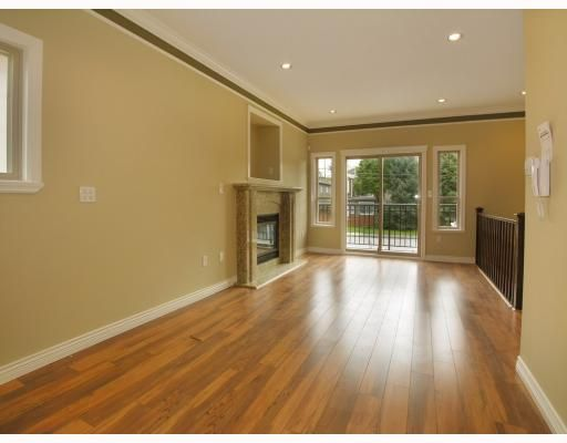 Photo 3: Photos: 5825 WOODSWORTH Street in Burnaby: Central BN 1/2 Duplex for sale (Burnaby North)  : MLS®# V748580