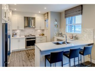 Photo 4: 43 2687 158TH Street in Surrey: Townhouse for sale (South Surrey White Rock)