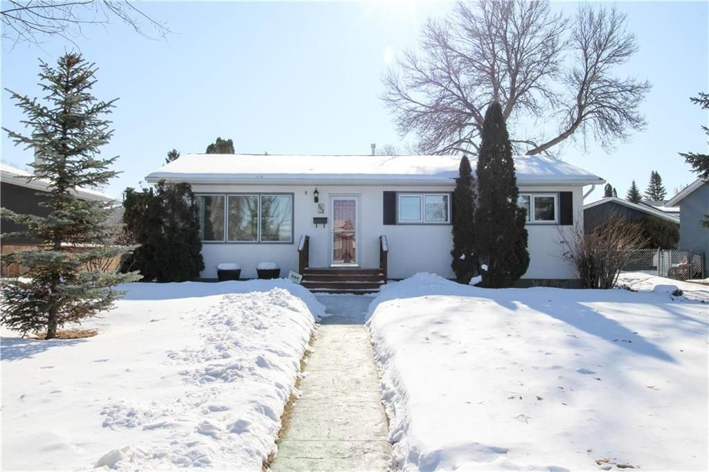 Main Photo: 147 Houde Drive in Winnipeg: St Norbert Residential for sale (1Q)  : MLS®# 202003929