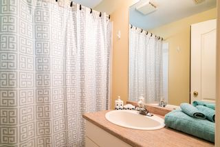 Photo 39:  in White Rock: Home for sale : MLS®# R2166390