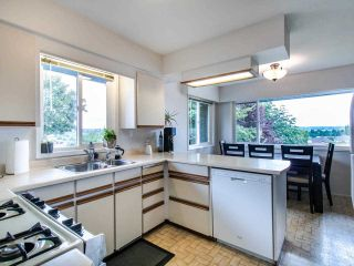 """Photo 7: 21763 48 Avenue in Langley: Murrayville House for sale in """"MURRAYVILLE"""" : MLS®# R2485267"""