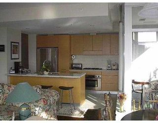 """Photo 9: 6015 IONA Drive in Vancouver: University VW Condo for sale in """"CHANCELLOR HOUSE"""" (Vancouver West)  : MLS®# V626747"""