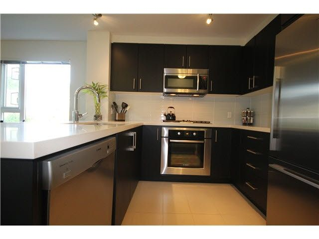 Main Photo: 217 3163 RIVERWALK AVENUE in Vancouver: Champlain Heights Condo for sale (Vancouver East)  : MLS®# R2062360