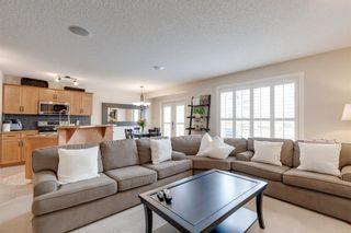 Photo 4: 198 Cougar Plateau Way SW in Calgary: Cougar Ridge Detached for sale : MLS®# A1133331