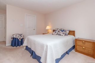 Photo 16: 301 9993 Fourth St in Sidney: Si Sidney North-East Condo for sale : MLS®# 840246