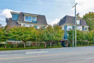 Photo 2: 6 2780 ALMA Street in Vancouver: Kitsilano Townhouse for sale (Vancouver West)  : MLS®# R2618031