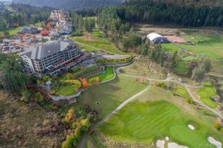 Photo 30: 214 1400 Lynburne Pl in VICTORIA: La Bear Mountain Condo for sale (Langford)  : MLS®# 808644