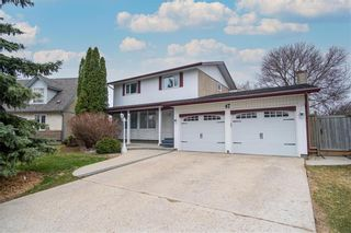 Photo 1: 47 Salisbury Crescent in Winnipeg: Waverley Heights Residential for sale (1L)  : MLS®# 202110538