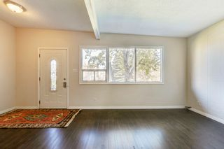 Photo 11: 3123 40 Street SW in Calgary: Attached for sale : MLS®# C4035349