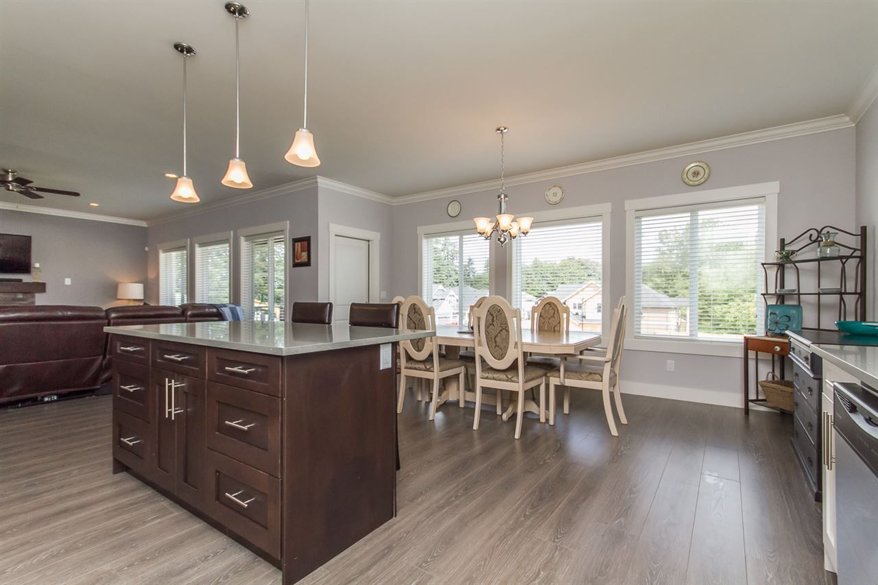 Photo 13: Photos: 33925 MCPHEE Place in Mission: Mission BC House for sale : MLS®# R2519119