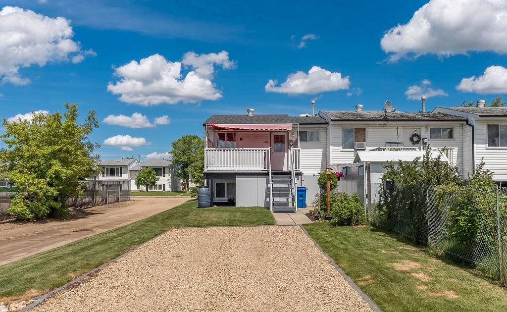 Photo 44: Photos: 5139 55 Avenue: Wetaskiwin Attached Home for sale : MLS®# E4249539