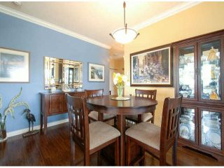"""Photo 10: 404 1785 MARTIN Drive in Surrey: Sunnyside Park Surrey Condo for sale in """"SOUTHWYND"""" (South Surrey White Rock)  : MLS®# F1412611"""