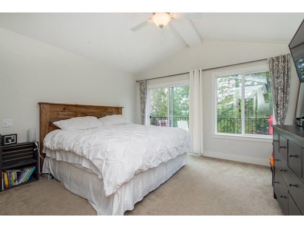 Photo 12: Photos: 50323 SIENNA Avenue in Chilliwack: Eastern Hillsides House for sale : MLS®# R2370269