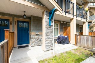 """Photo 5: 21 20967 76 Avenue in Langley: Willoughby Heights Townhouse for sale in """"Natures Walk"""" : MLS®# R2562708"""