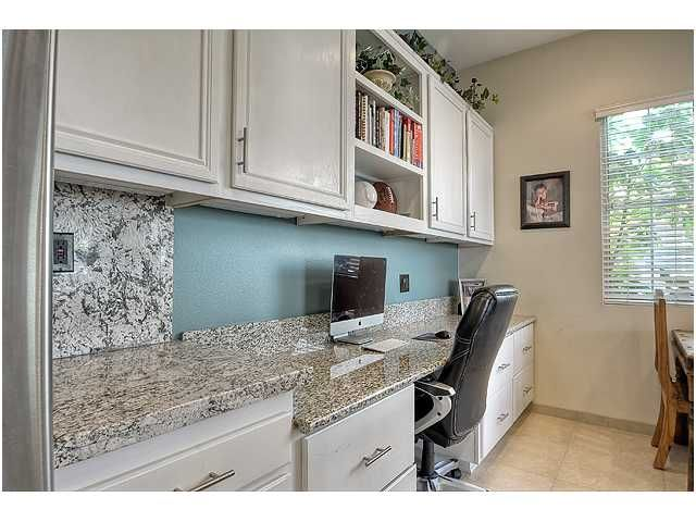Photo 13: Photos: SCRIPPS RANCH Townhouse for sale : 3 bedrooms : 11821 Miro Circle in San Diego