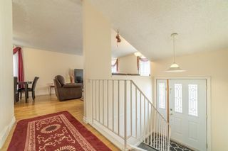 Photo 2: 4333 58 Street NE in Calgary: Temple Detached for sale : MLS®# A1092710
