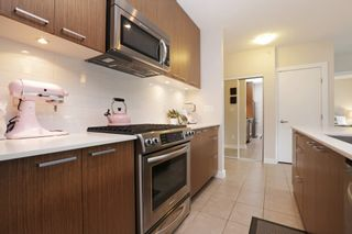 """Photo 6: 409 1330 MARINE Drive in North Vancouver: Pemberton NV Condo for sale in """"The Drive"""" : MLS®# R2179113"""