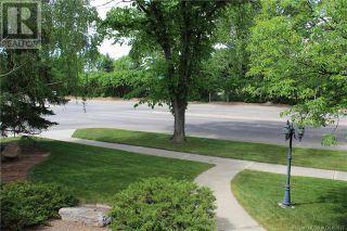 Photo 5: 3302 South Parkside Drive S in Lethbridge: House for sale : MLS®# A1140358